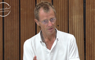 Ron van der Post lezing over Burn-out yogadocenten